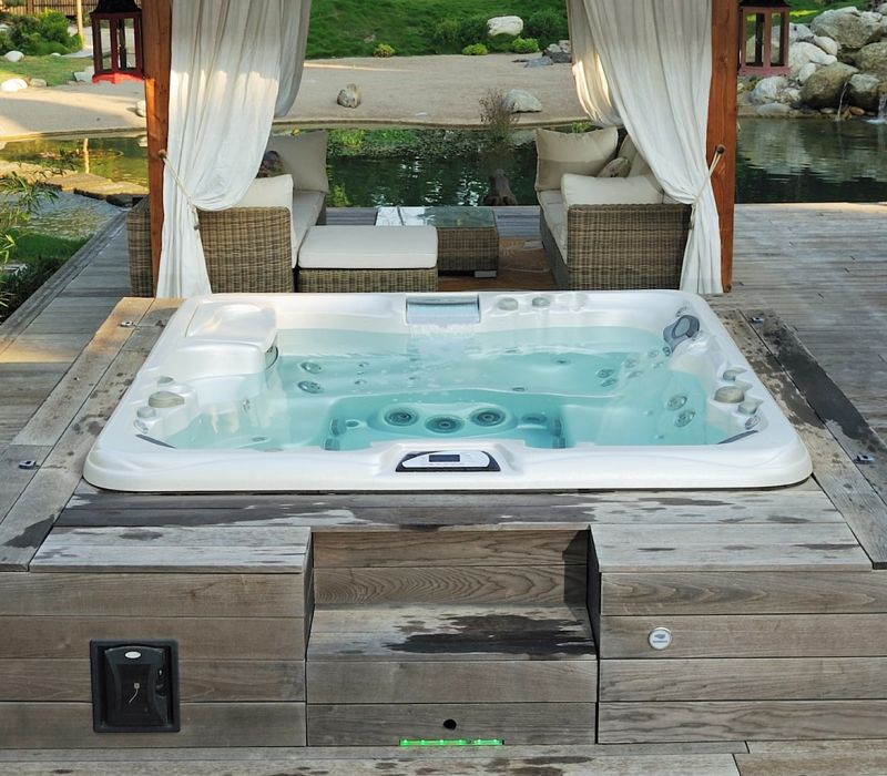 ABOUT SUNDANCE® SPAS